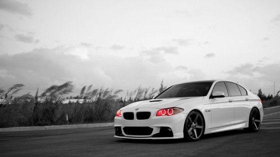 Белый BMW M5  № 445175 загрузить