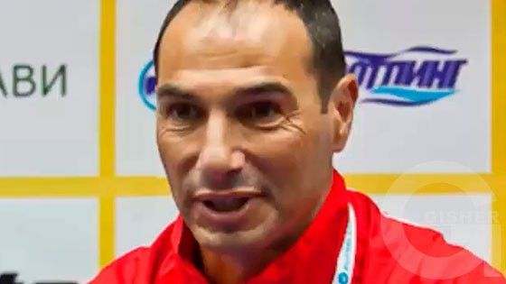 Ashxarhi Hayere - Ara Betrosyan