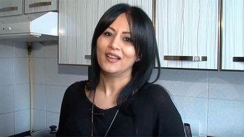 Chein spasum - Anjela Barkhudaryan