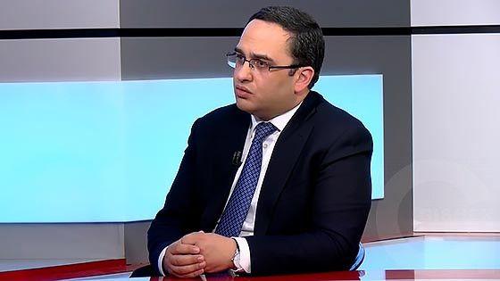 Harcazruyc - Viktor Soghomonyan