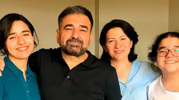 Chein spasum - Arsen Grigoryan, Sona Harutyunyan